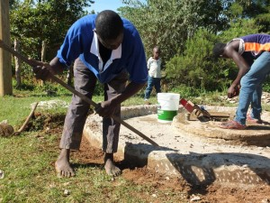 The Water Project : 2-kenya4521-construction