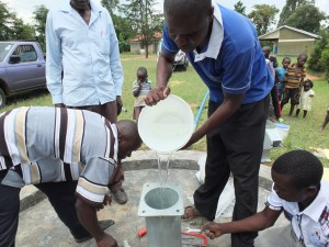 The Water Project : 2-kenya4521-pump-installation