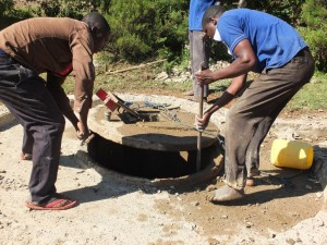 The Water Project : 4-kenya4521-construction