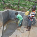 The Water Project : 18-kenya4558-spring-protection