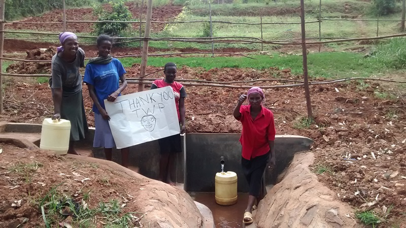 The Water Project : 22-kenya4557-protected-spring