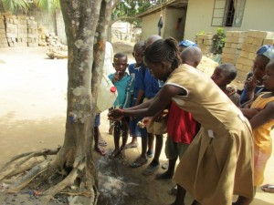 The Water Project : 28-sierraleone5096-training