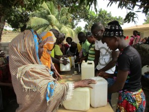 The Water Project : 35-sierraleone5096-tippy-tap-training