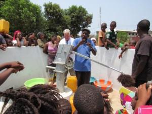 The Water Project : 15-sierraleone5080-dedication