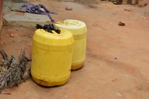 The Water Project : 18-kenya4634-water-containers