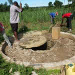 The Water Project : 24-kenya4522-construction