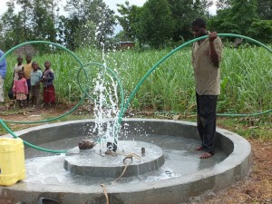 The Water Project : 38-kenya4522-flushing