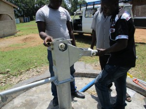 The Water Project : 38-kenya4523-pump-installation