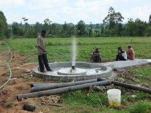 The Water Project : 38-kenya4525-flushing