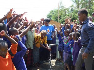 The Water Project : 50-kenya4523-handing-over