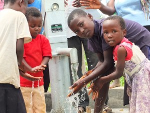 The Water Project : 59-kenya4522-handing-over