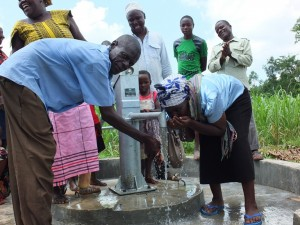 The Water Project : 64-kenya4522-handing-over