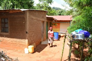 The Water Project : 7-kenya4634-jennifers-house