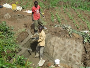 The Water Project : 12-kenya4564-construction