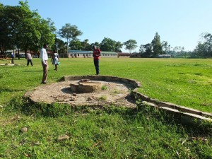 The Water Project : 16-kenya4532-old-well