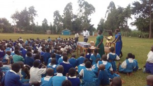The Water Project : 21-kenya-4605-bible-distribution