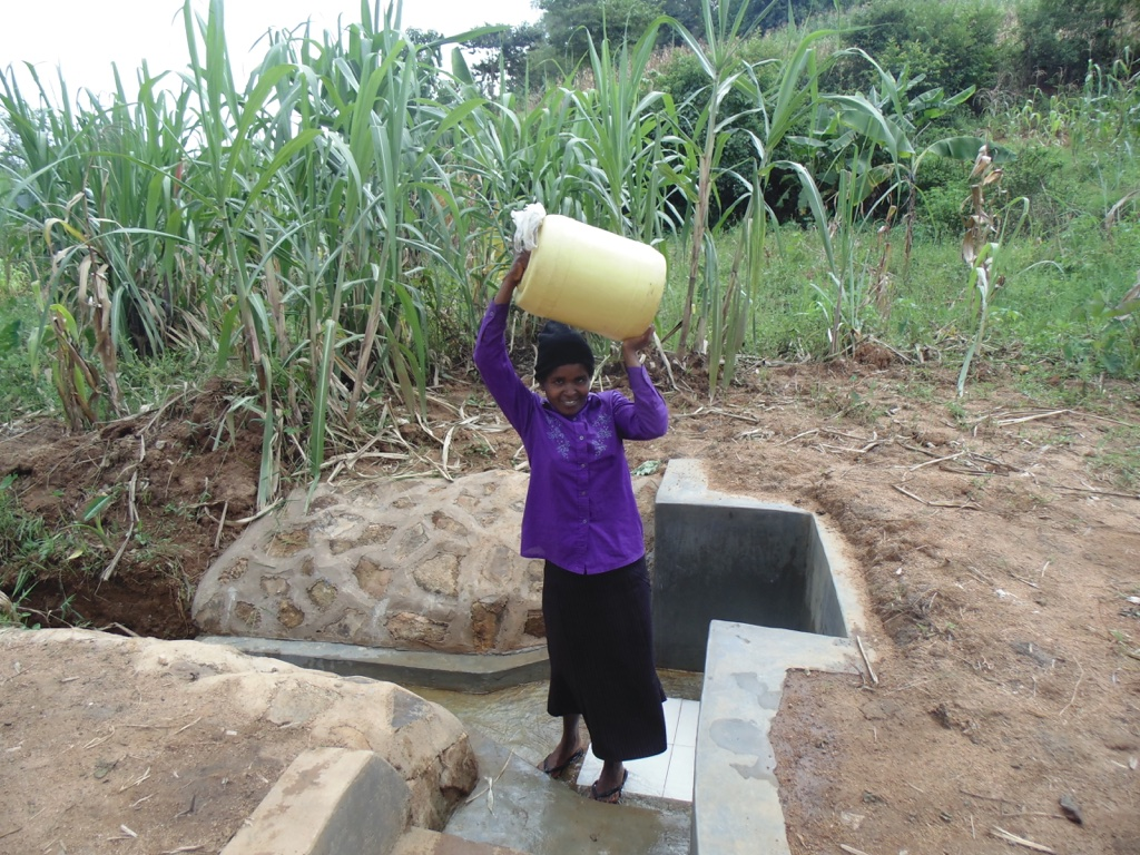 The Water Project : 23-kenya4569-protected-spring