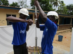 The Water Project : 23-sierraleone5086-pump-installation