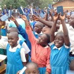 The Water Project : 24-kenya-4605-bible-distribution