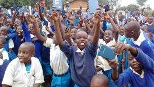 The Water Project : 25-kenya-4605-bible-distribution