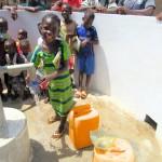 The Water Project : 30-sierraleone5086-dedication_fotor