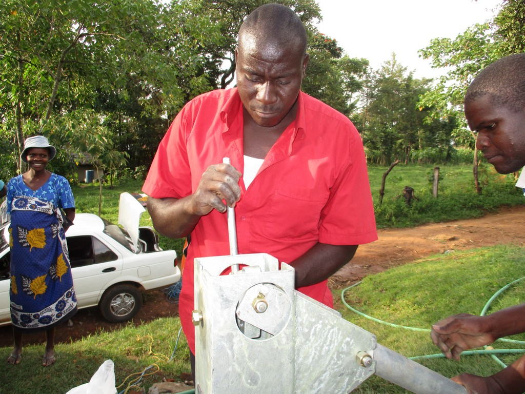 31 kenya4529 pump installation