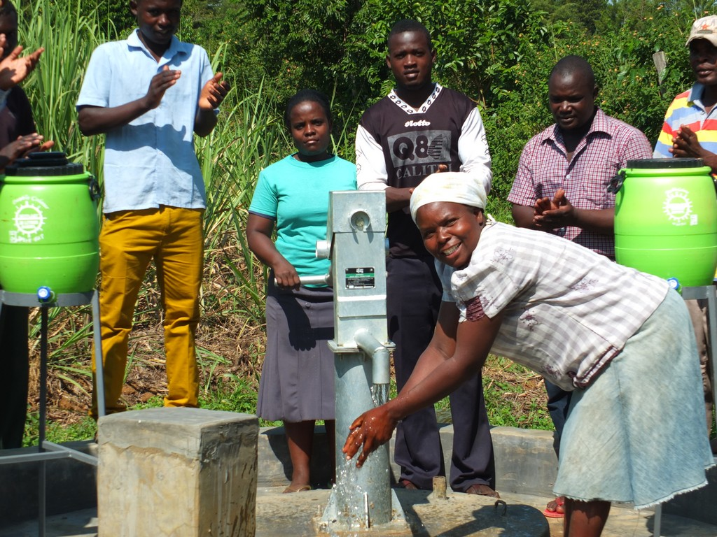The Water Project : 37-kenya4527-handing-over