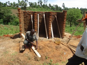 The Water Project : 6-kenya4606-construction