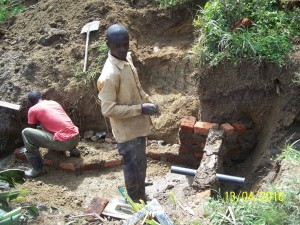 The Water Project : 8-kenya4564-construction