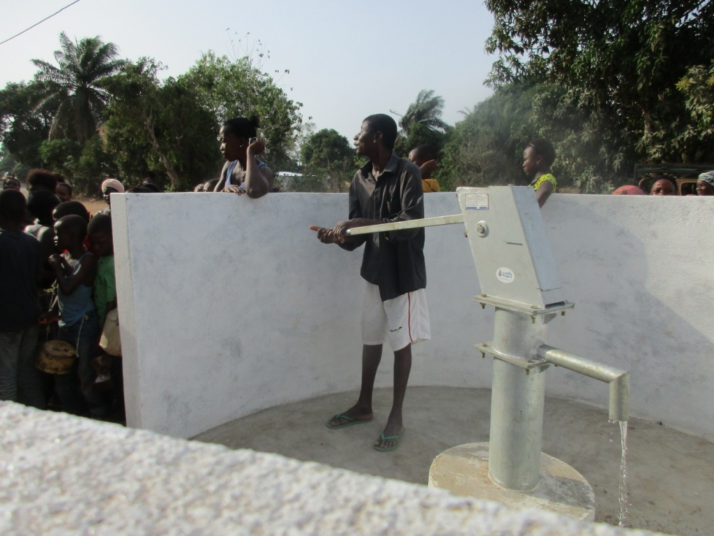 The Water Project : 8-sierraleone5081-dedication