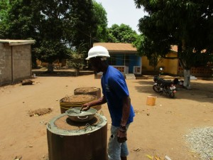 The Water Project : 9-sierraleone5098-construction