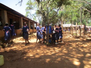 The Water Project : 1-kenya4622-school-compound