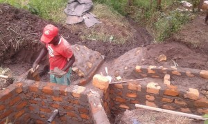 The Water Project : 11-kenya4565-construction