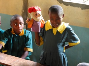 The Water Project : 14-kenya4532-younger-class-training