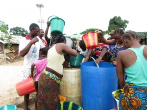 The Water Project : 16-sierraleone5087-test-pumping