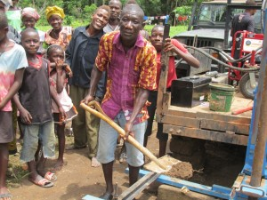 The Water Project : 18-sierraleone5084-breaking-ground