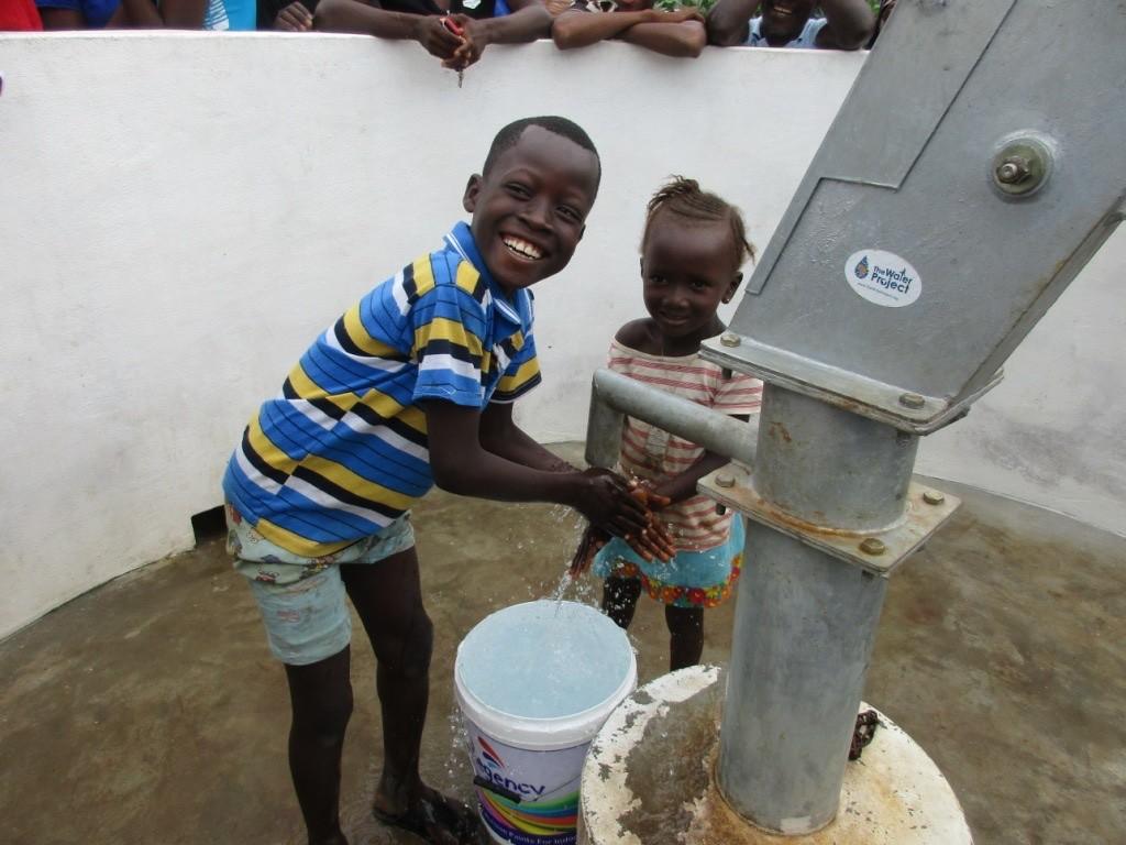 The Water Project : 24-sierraleone5085-dedication