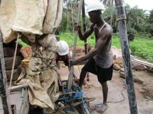 The Water Project : 27-sierraleone5084-construction