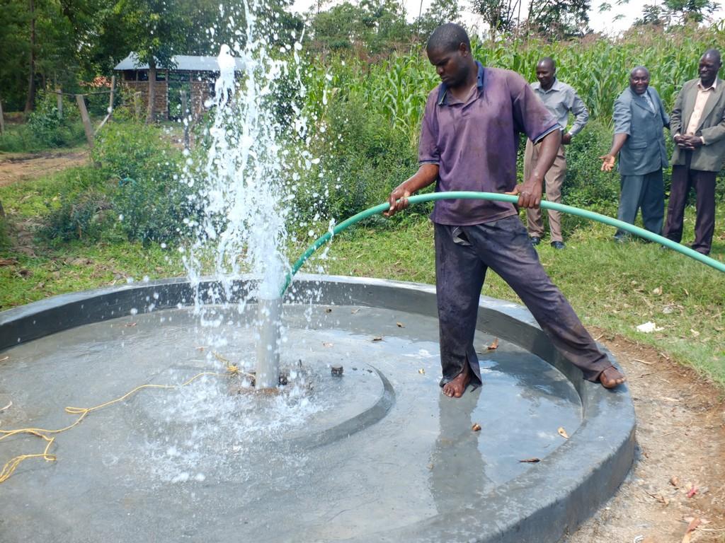 28 kenya4532 flushing