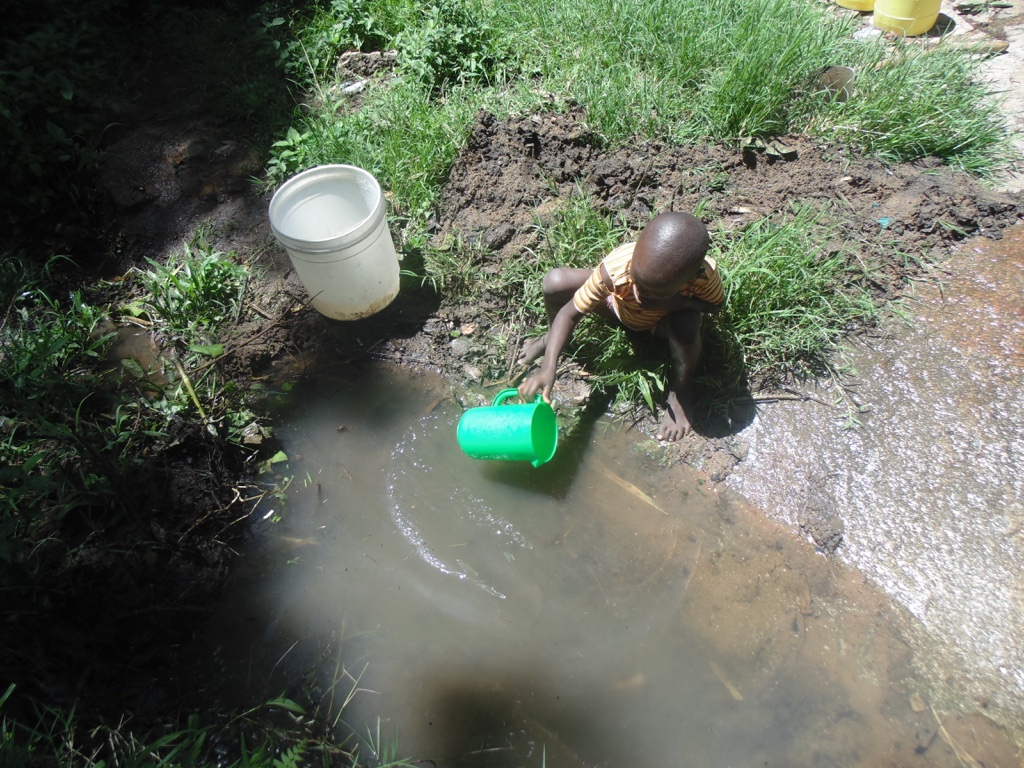 The Water Project : 3-kenya4575-fetching-water