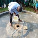 The Water Project : 30-kenya4532-chlorinating