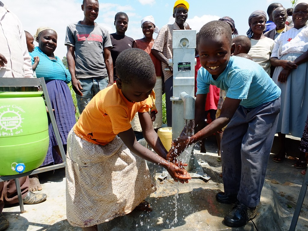 The Water Project : 36-kenya4530-handing-over