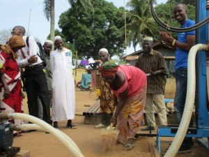 The Water Project : 40-sierraleone5087-groundbreaking