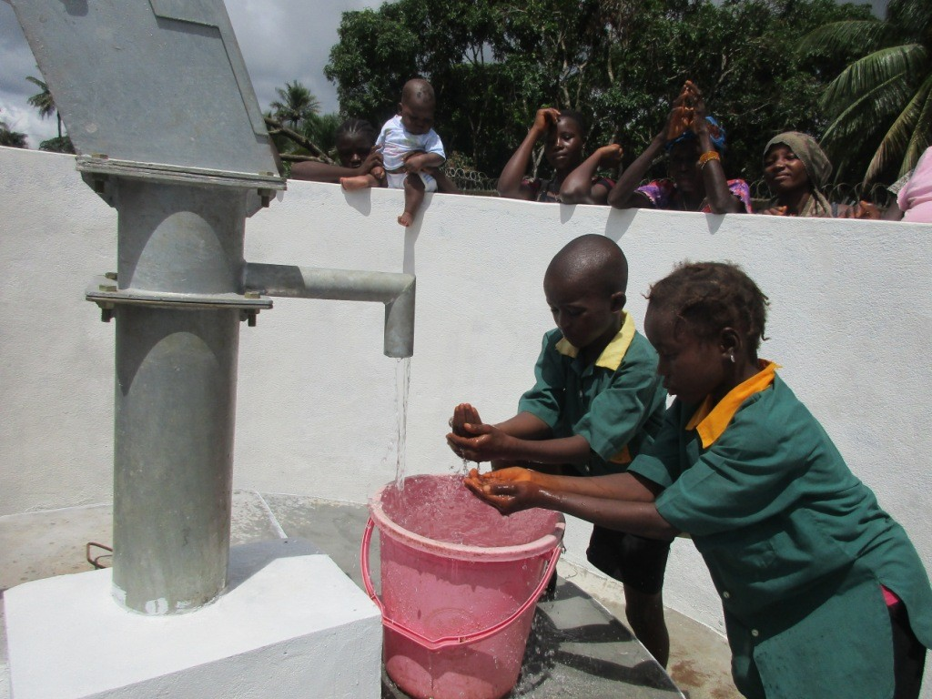 Photo of Ahmadiya Muslim Primary School Well Rehabilitation Project