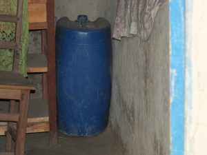The Water Project : 10-kenya4537-water-storage
