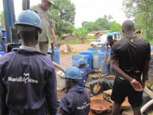 The Water Project : 15-sierraleone5089-drilling