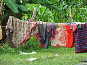 The Water Project : 16-kenya4537-clothesline