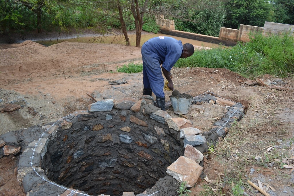 17 kenya4491 construction