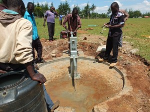 The Water Project : 18-kenya4369-pump-installation