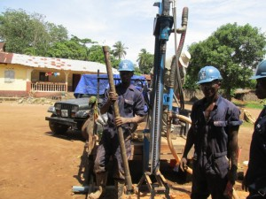 The Water Project : 19-sierraleone5089-drilling